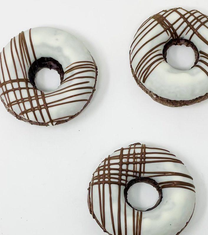 Black & White Doughnuts