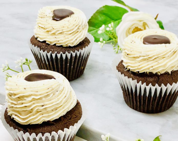 Cookies n' Cream Ganache Cupcakes