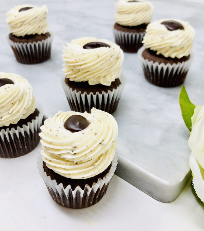 Cookies n' Cream Ganache Mini Cupcakes