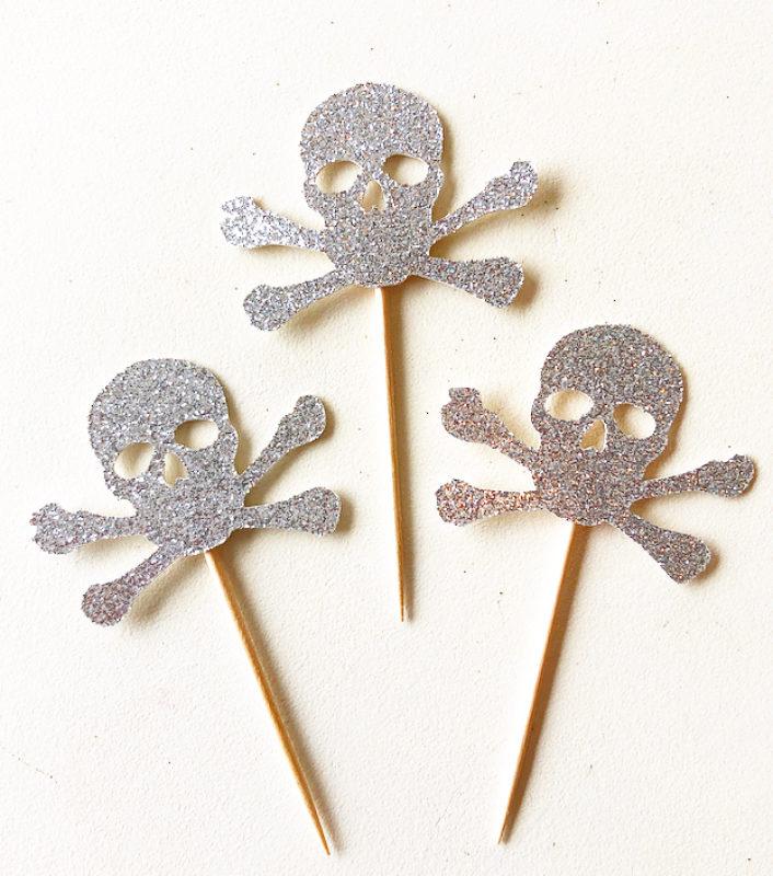 Glitter Skull Cupcake Toppers