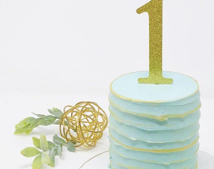 Luxe Twist Smash Cakes