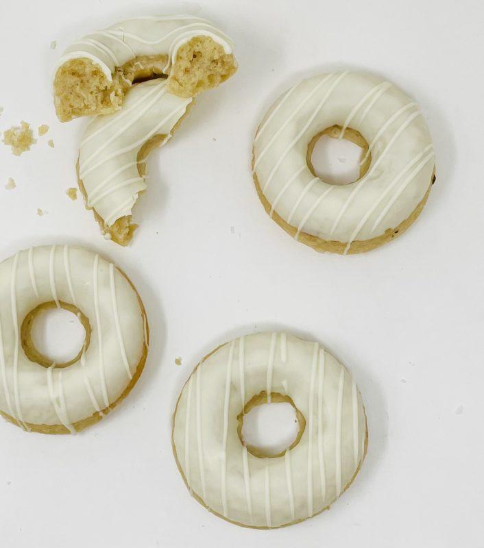 Vanilla White Chocolate Doughnuts