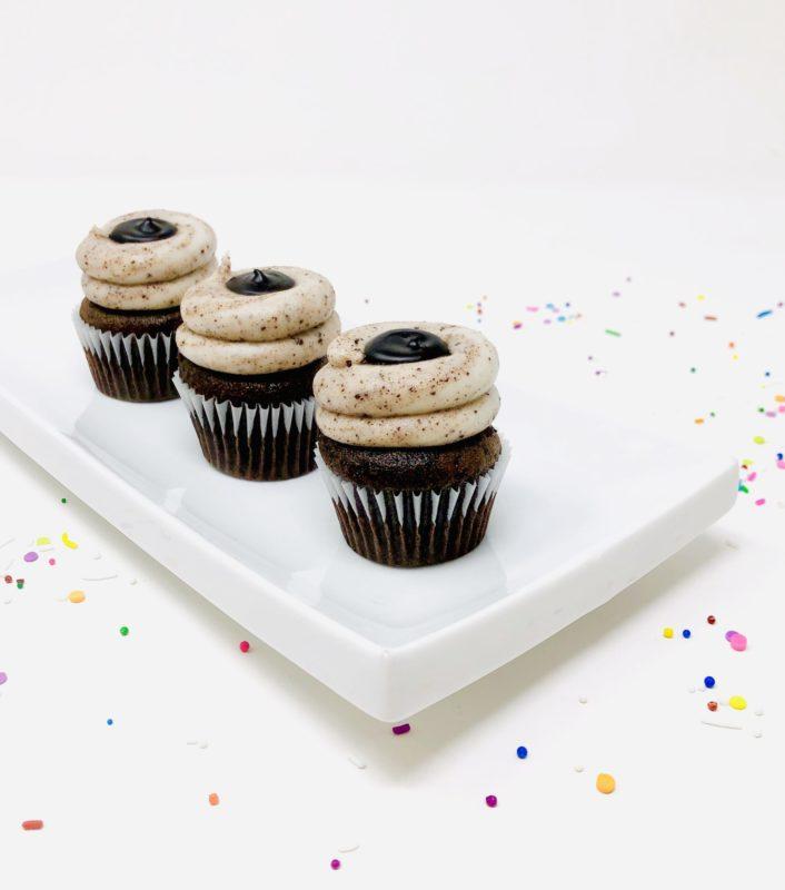 Vegan Cookies n' Cream Ganache Mini Cupcakes