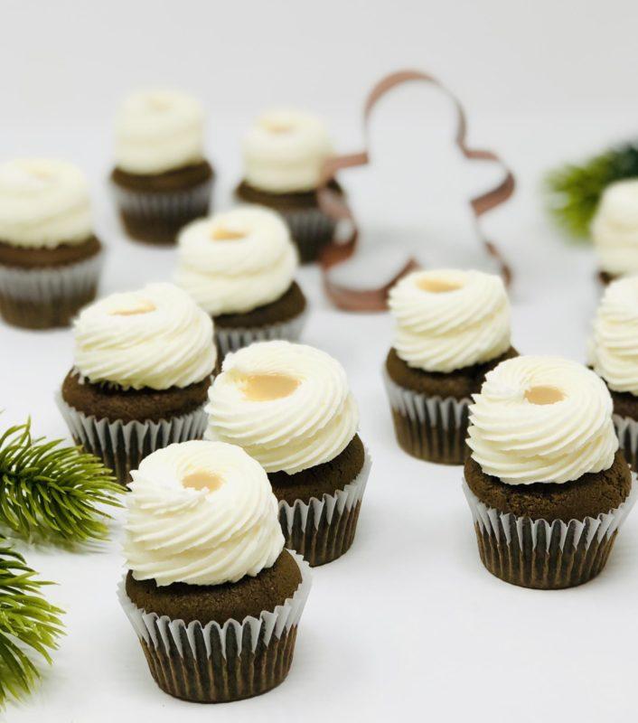 Gingerbread Mini Cupcakes (12)