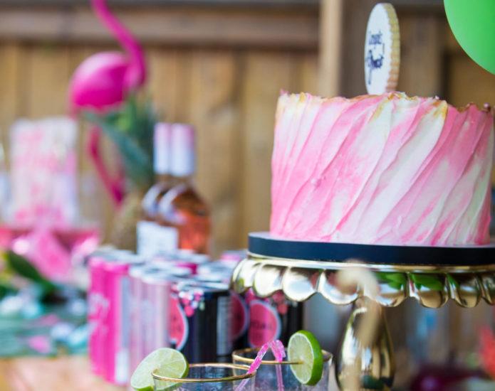 Luxe Swoosh Cakes