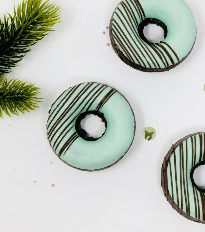Chocolate Mint Doughnuts (6)