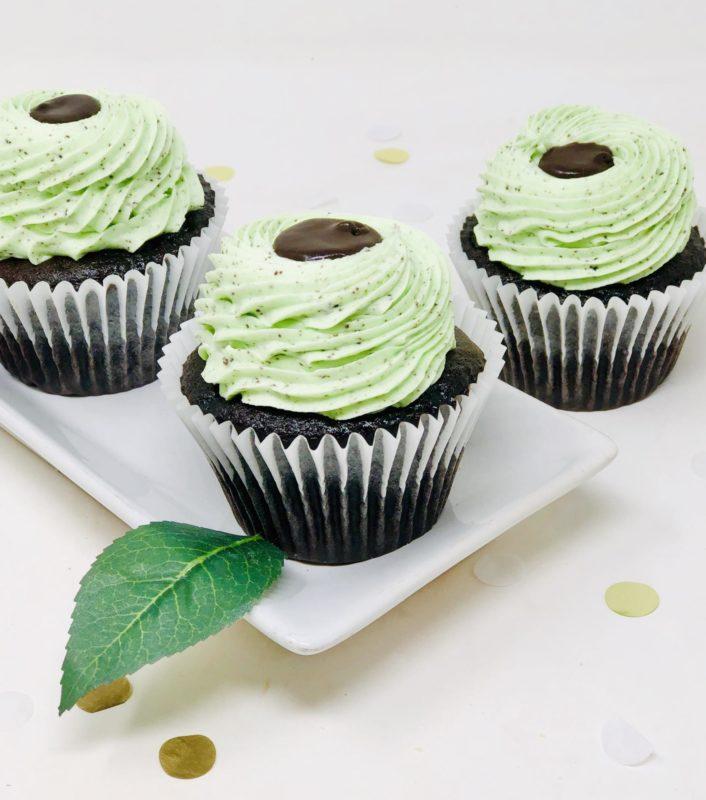 Cookies n' Mint Ganache Cupcakes