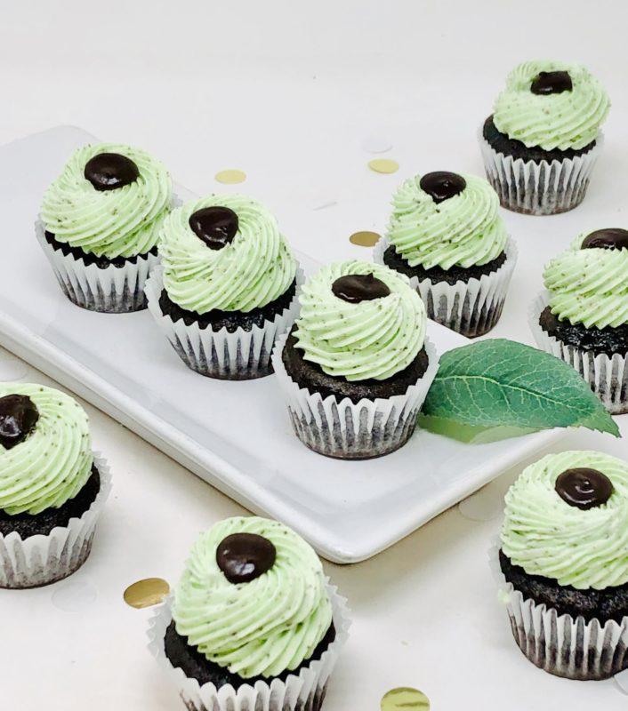 Cookies n' Mint Mini Cupcakes