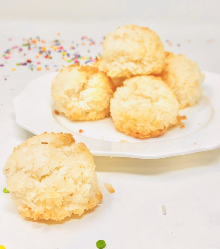 Vegan Coconut Macaroon Cookies