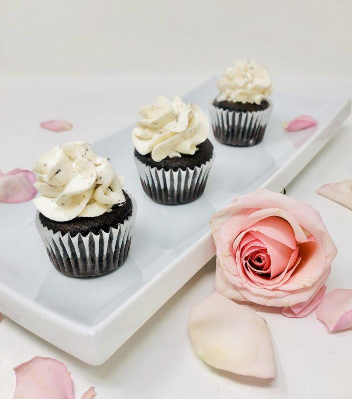 Cookies n' Cream Mini Cupcakes