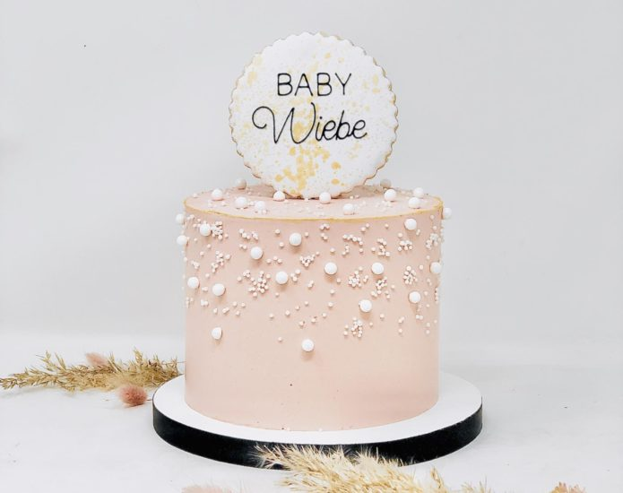 Luxe Pearl Cakes