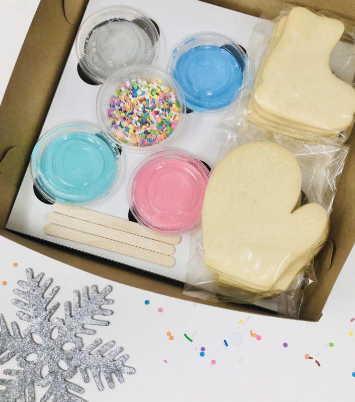 Vegan Winter Decorating Kit