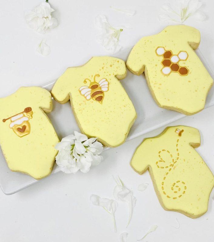 Vegan Bae-Bee Onesie Cookies